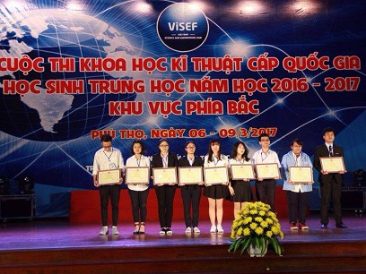 Foreign Trade University directly recruits students winning in Intel International...